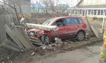 Photo of Видео: в Стерлитамаке угонщик попал в ДТП и разбил чужой автомобиль