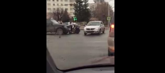 Photo of В Уфе на проезжей части подрались водители