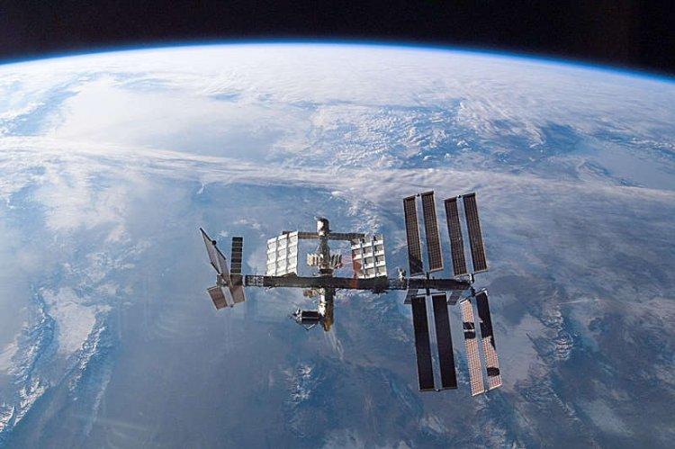Photo of В интернет попало свежее видео с НЛО, снятое в космосе