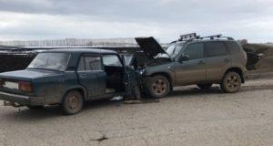 В Башкирии столкнулись ВАЗ 2105 и Chevrolet Niva, есть жертвы