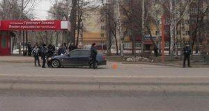 В Башкирии молодой водитель BMW сбил женщину