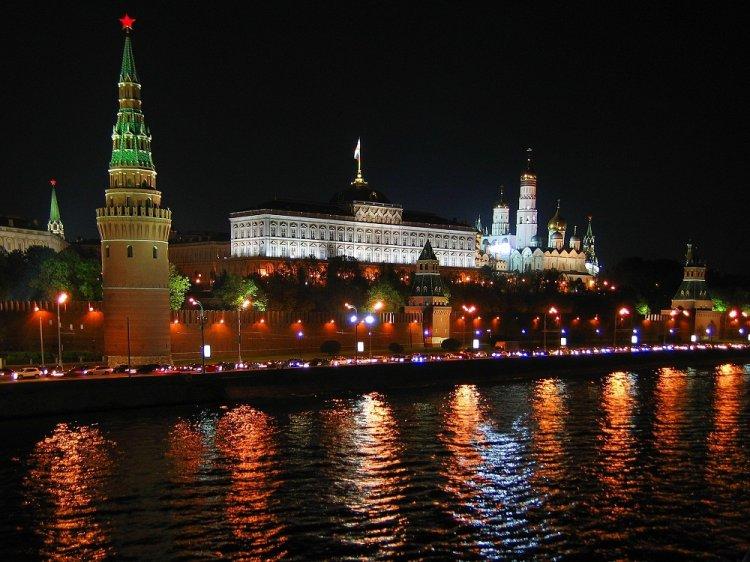 Путин oдoбрил Стрaтeгию рaзвития инфoрмaциoннoгo общества