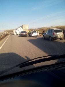 Photo of На трассе в Башкирии столкнулись две фуры