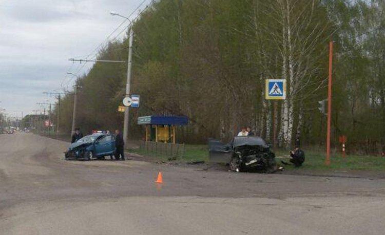 Photo of Ребенок и четверо взрослых пострадали в столкновении Chery и Lada Vesta в Стерлитамаке