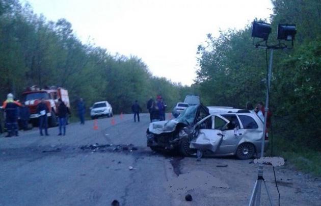 Photo of Пять человек погибли в лобовой аварии в Башкирии