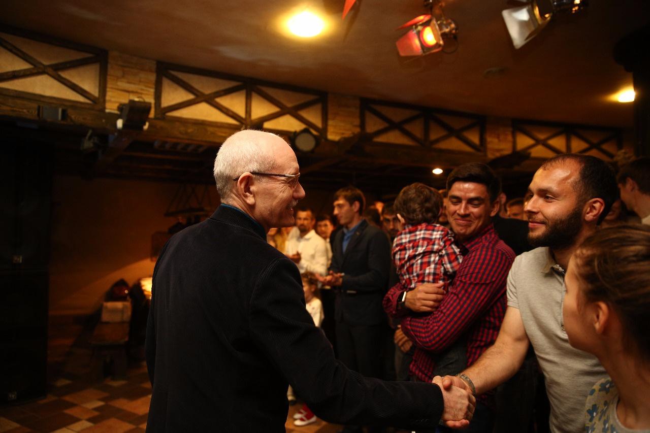 Рустэм Хамитов поздравил игроков и руководство футбольного клуба «Уфа» с успешным завершением сезона