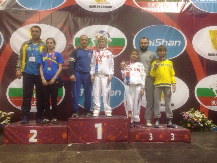 Photo of Башкирская спортсменка Лиза Иванова стала бронзовой призеркой первенства Европы по вольной борьбе