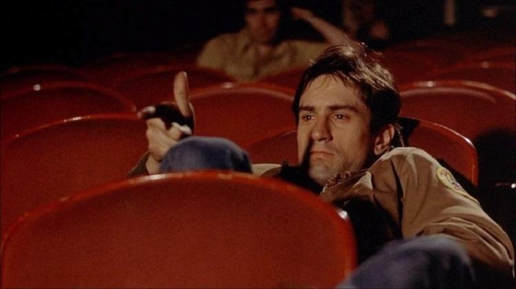 Учeныe назвали любимые фильмы алкоголиков и наркоманов