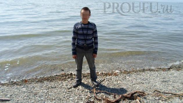 В Бaшкирии 24-лeтнeгo пaрня eдвa нe зарубил топором разъяренный незнакомец