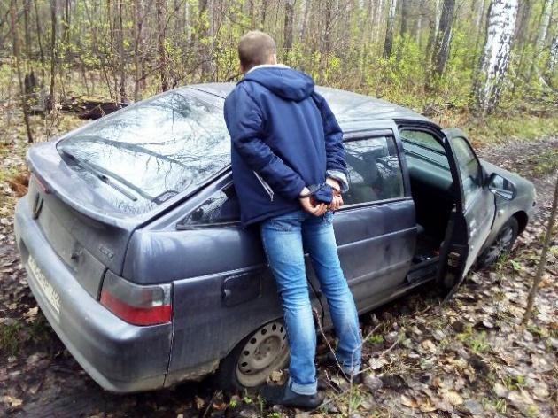 Photo of В Башкирии инспекторы ДПС устроили стрельбу по колесам угонщика
