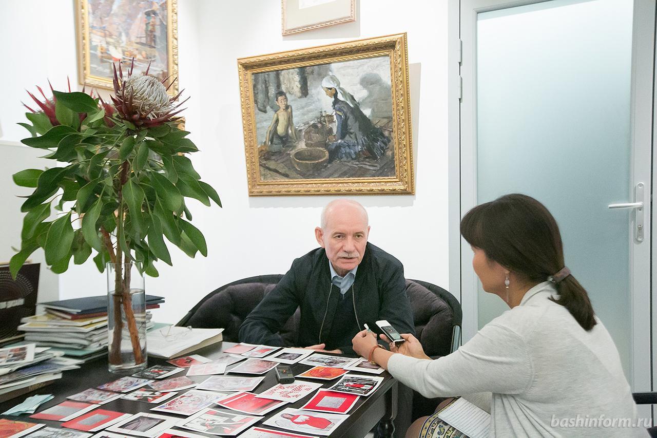 В Ночь музеев Рустэм Хамитов рассказал журналисту «Башинформ» о новых проектах