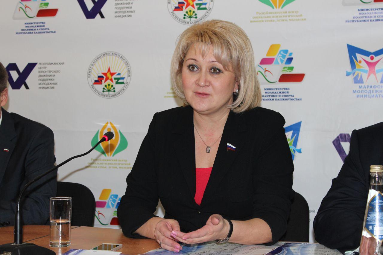 Photo of Сенатор от Башкирии взяла на контроль социальные проблемы жителей Уфы