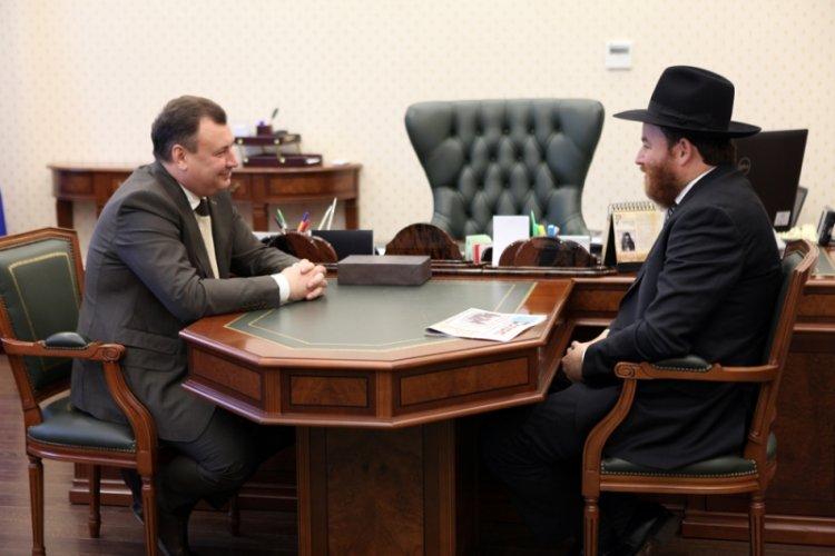 Photo of Министр внутренних дел Башкирии встретился с Главным раввином Уфы и республики