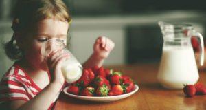 Медики выяснили, как употребление молока влияет на рост детей