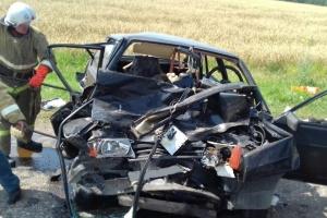 Photo of В Башкирии столкнулись джип и «девятка», в «Ладе» погибли и пострадали люди