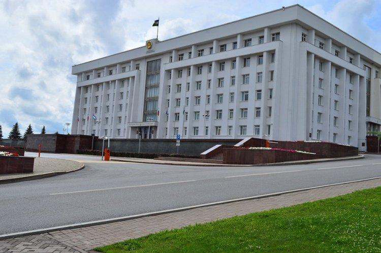 Photo of Рустэм Хамитов вручил государственные награды Российской Федерации и Республики Башкортостан