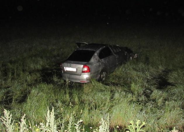 В Башкирии автоледи опрокинула авто в кювет: есть жертвы