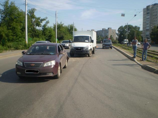 Photo of В Уфе «Газель» протаранила «легковушку»: пострадала 5-летняя девочка