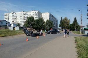 Photo of В Уфе перевернулся автомобиль с беременной женщиной за рулем