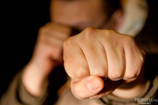 Photo of В Башкирии мужчина перестал избивать женщину, лишь когда решил, что убил ее