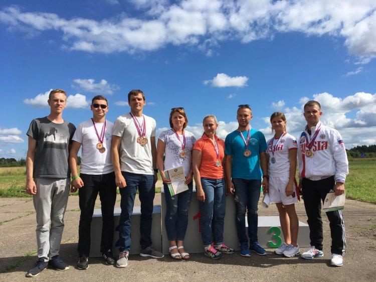 Photo of Сборная Башкортостана по парашютному спорту стала призером чемпионата России