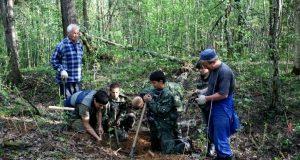 Юные поисковики из Башкирии разыскали и захоронили около трех тысяч останков солдат, погибших в годы войны