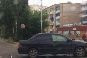 Photo of В Башкирии девушка погибла под колесами автомобиля при переходе на зеленый свет