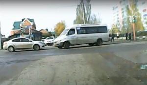 Photo of В Стерлитамаке маршрутка на полном ходу сбила школьника, мальчик в больнице
