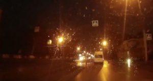 В сети появилось видео наезда маршрутки на молодую девушку в Стерлитамаке