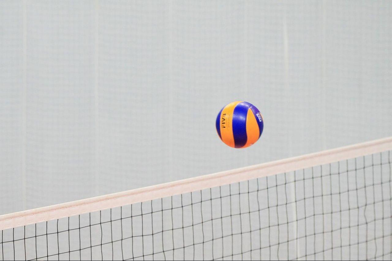 Photo of Волейболисты «Урала» проиграли «Белогорью» на домашней площадке