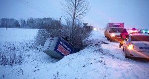 Количество аварий резко возросло в Башкирии из за снега и гололеда