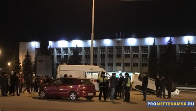 Photo of В Нефтекамске в центре города произошло серьезное ДТП