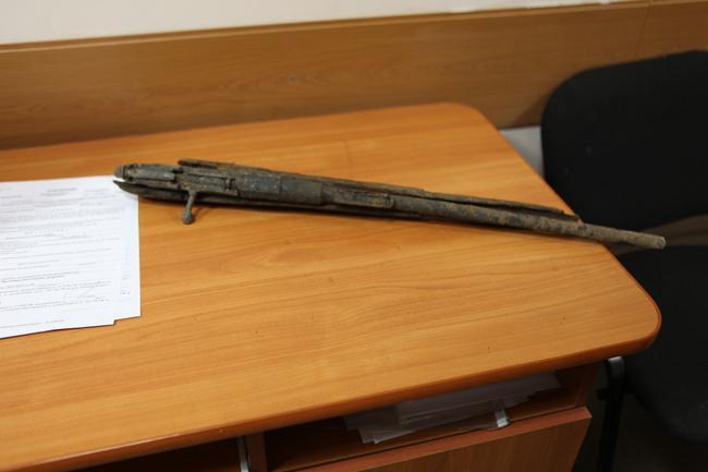 Photo of Уфимец нашел винтовку времен Гражданской воны в груде песка