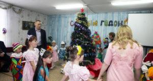 В Башкирии полицейские и общественники устроили праздник для детей из социального приюта