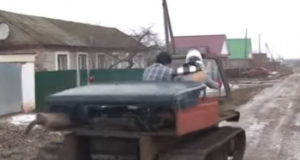 Видео: Житель Башкирии создал уникальный вездеход из металлолома и двигателя от «Жигулей»