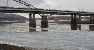В Уфе ограничили движение грузового транспорта через Бельский мост в дневное время