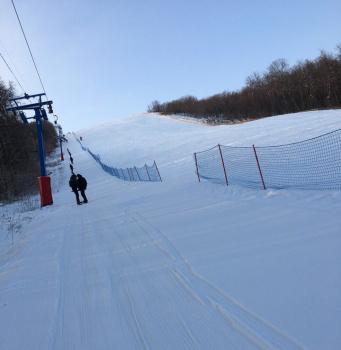 Photo of Снег есть: в Стерлитамаке работает горнолыжка на Куш-тау. Цены на подъемники и тюбинги