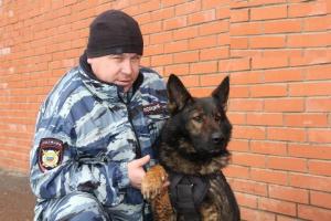 Photo of В Башкирии полицейский спас женщину, получившую несколько ножевых ранений