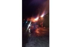 Photo of В Уфе крупный пожар на складе со спиртным тушили больше 9 часов
