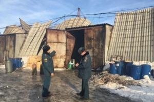 Photo of Под Уфой сгорел склад с нефтепродуктами