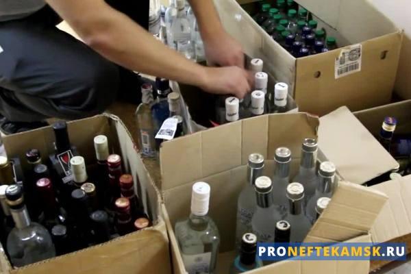 Photo of Нефтекамские оперативники изъяли фальсифицированную алкогольную продукцию