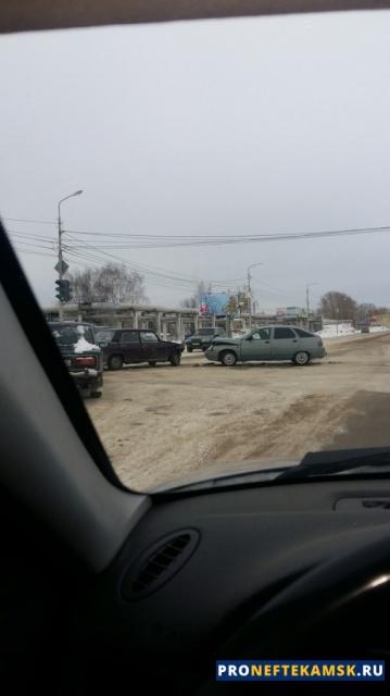 Photo of В Нефтекамске на пересечении улиц Дорожная и Трактовая произошло ДТП