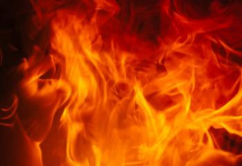 В Стерлитамаке произошел пожар на Шафиева: людей эвакуировали с 5-го этажа