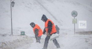 В Татарии снежный «апокалипсис», автомобилистов просят воздержаться от поездок