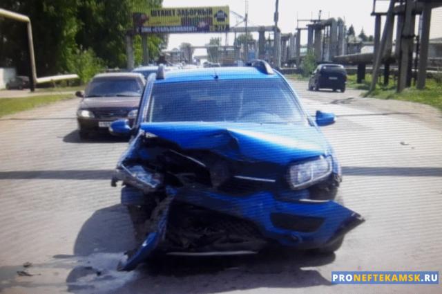 Photo of В Нефтекамске на перекрестке улиц Промышленная и Монтажная произошло ДТП