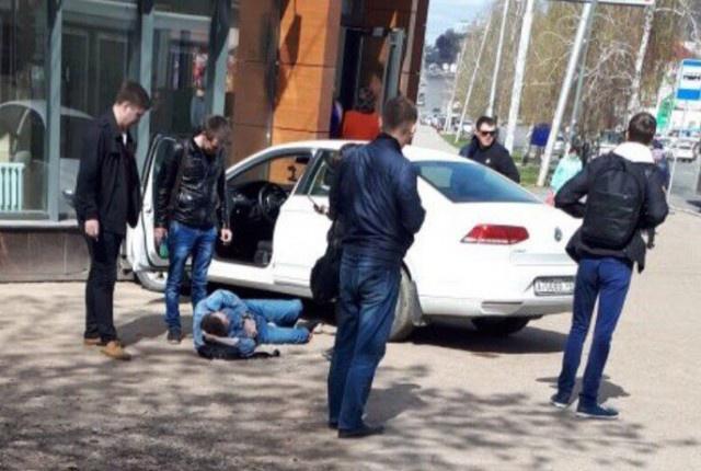 Photo of В Уфе эпилептик за рулем сбил двоих пешеходов на тротуаре