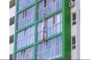 Photo of В Уфе разбился мужчина спускавшийся по самодельному канату