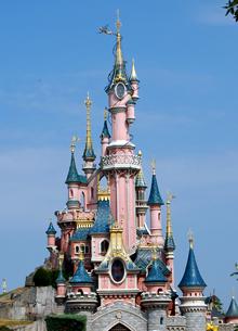 Photo of Walt Disney добавит наличных для покупки Fox