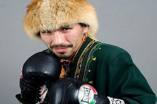 Photo of Боксер из Башкирии Денис Шафиков одержал 40 победу, взяв верх над филиппинцем Джоном Джемино