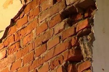 Photo of В Башкирии на 12-летнего школьника обрушилась кирпичная стена